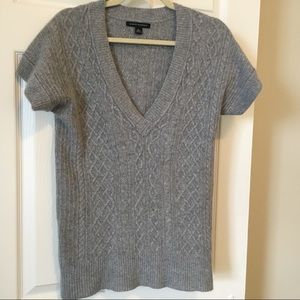 Banana Republic Cable Knit V Neck Sweater Pullover